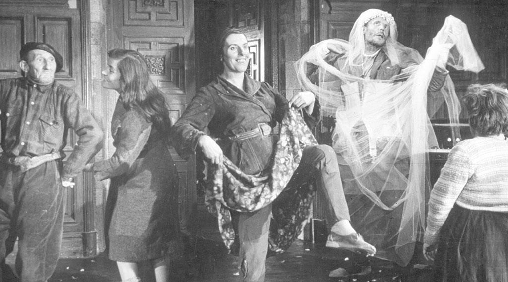 Una escena de 'Viridiana' de Luis Buñuel